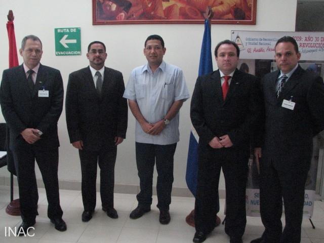 director-general-de-aeronautica-civil-con-delegacion-de-auditoria-oaci-2009