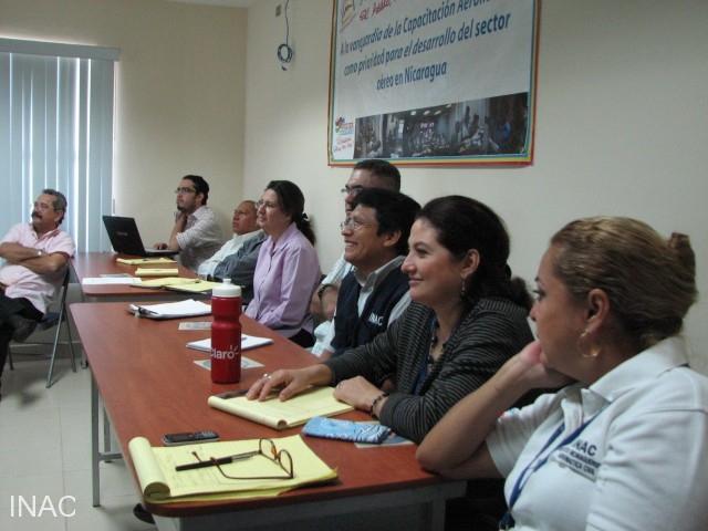 personal-de-la-aeronautica-civil-de-nicaragua-relacionada-al-tema-de-las-operaciones-aereas-fueron-participantes-de-esta-actualizacion