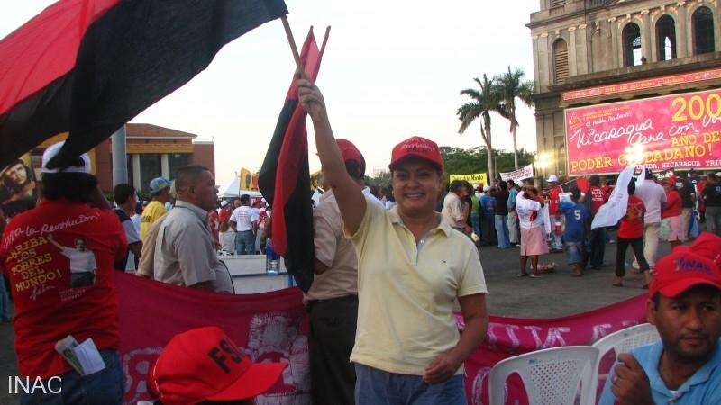 cap-elizabeth-lemus-responsable-oficina-de-licencias-inac-en-acto-de-celebracion-plaza-de-la-revolucion