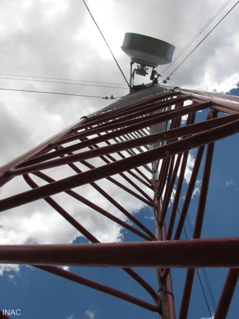 antena-para-la-comunicacion-satelital-desde-el-aeropuerto-de-punta-huete-con-la-region-y-los-demas-aerodromos-nacionales