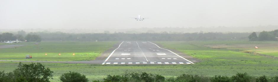 Hacia la Eficiencia Institucional y Aeronáutica