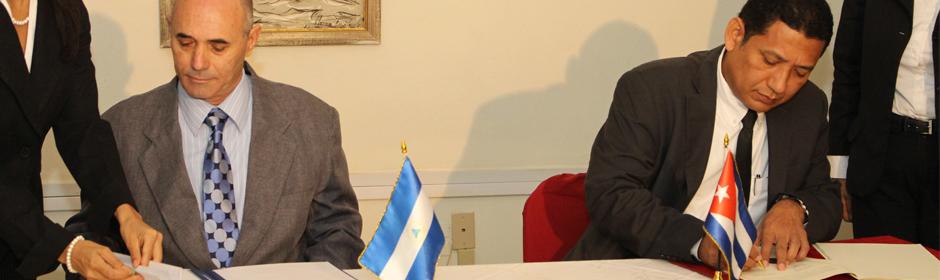 Nicaragua y Cuba suscriben un nuevo  Acuerdo de Servicios Aéreos